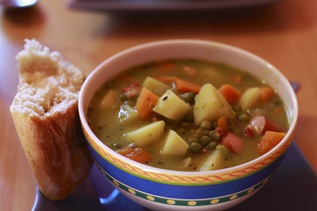 soup-475077_640