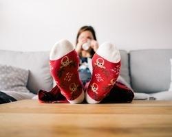 脚むくみ防止!椅子に座りながら出来る脚マッサージ健康法!