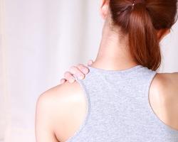 女性の健康の悩みNO1は肩こり!楽ちん肩こり解消ストレッチ
