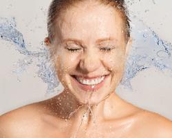 乾燥時期は要注意!憧れの潤い美肌を意識的に手に入れる方法とは?