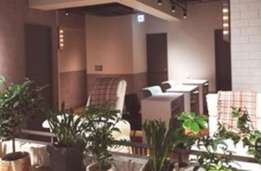【AMI by Amelie 立川】《オープニングスタッフ》ネイリスト募集!新店舗立ち上げスタッフ