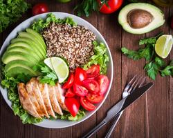 栄養不足はこれで改善!冬太り対策にもぴったりのパワーサラダって?