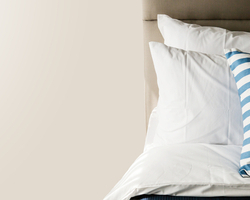 頭痛や肩こりなどの不調は、枕が合っていないせいかも!自分に合った枕を探すポイントは
