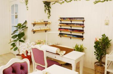 【プリナチュール新宿店】いま大変話題のネイルケア専門サロンで私達と一緒にネイルケアを『文化』として広めていきませんか?