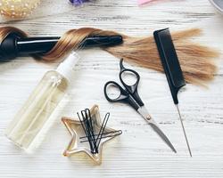ウェットヘアのツヤ感を長持ちさせたい!濡れ髪を作るおすすめスタイリング剤は?