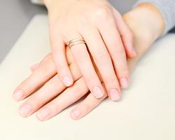 深爪矯正は簡単にできる?切りすぎた爪を綺麗に復活させるには