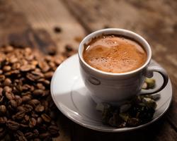 デカフェコーヒーとは?ノンカフェインコーヒーとの違いはあるの?